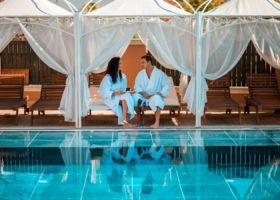 Bazen sa tropskim barom u Solaris Resortu u Vrnjackoj Banji