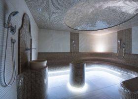 Uzivanje u parnom turskom kupatilu u wellness centru Solaris Resorta u Vrnjačkoj Banji